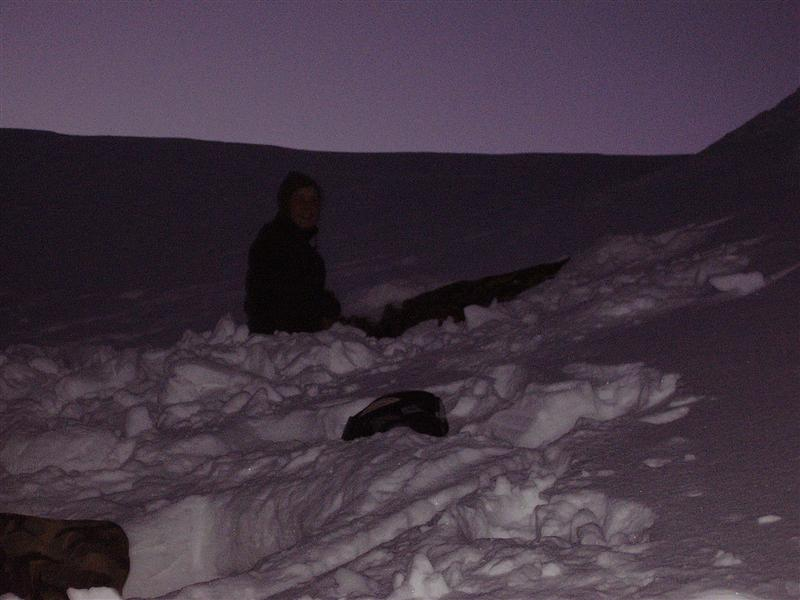 Staying out - Snow Cave day (/night)