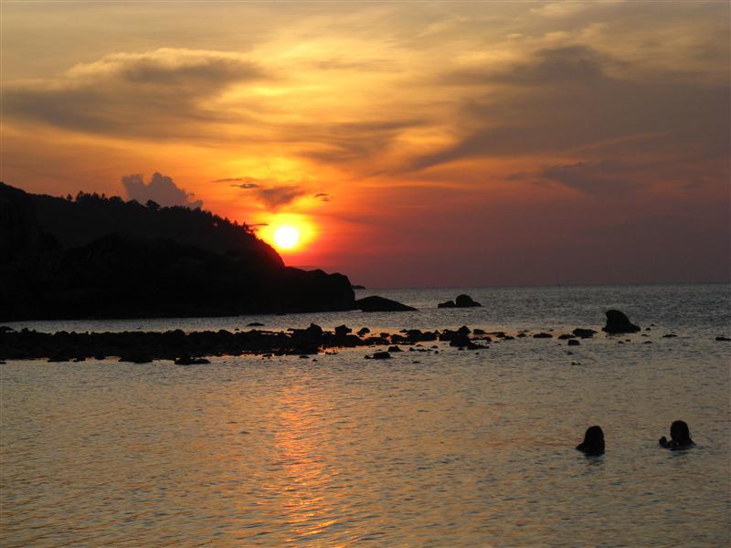 Sunset swim in Koh Phangan