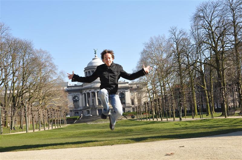 Jumping in Bruxelles (anybody knows the name of that park??)