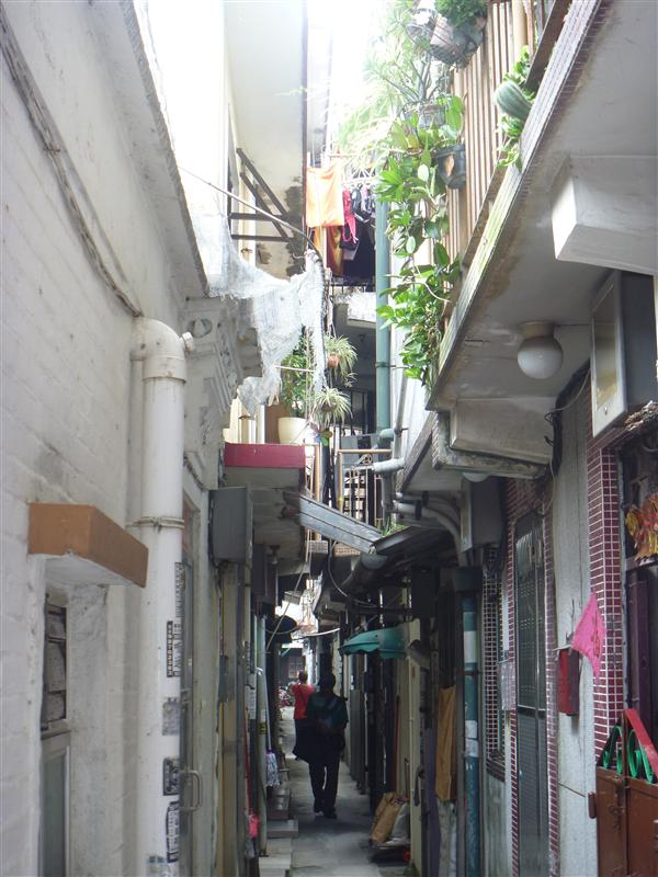 Small strip between houses in Fanling Walled Village