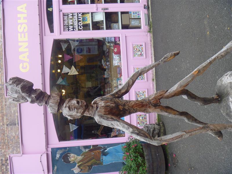 Wooden sculpture, southbank walk