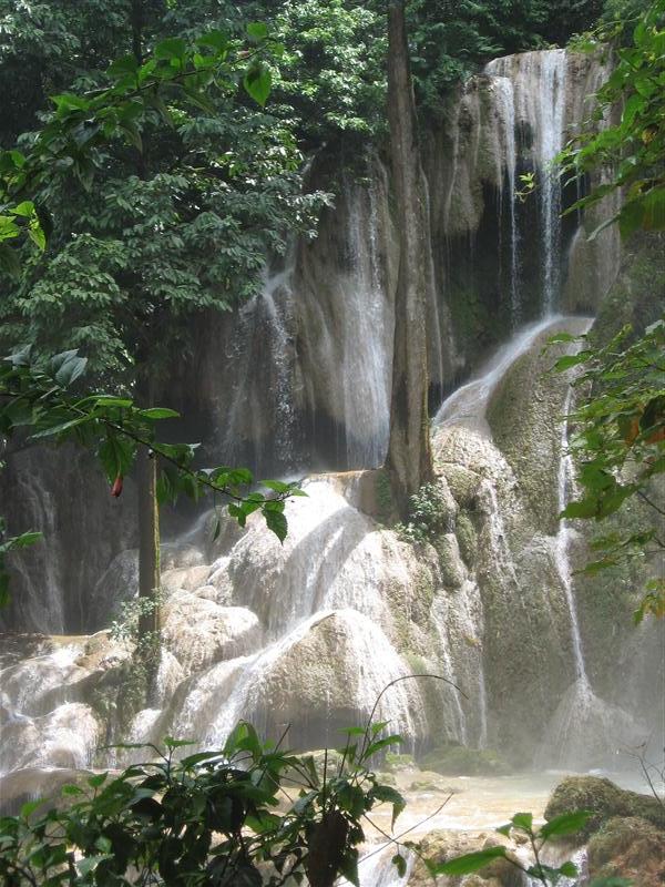 More waterfall at Khoung SI