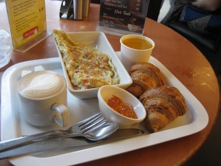 Französisches Frühstück für keine 2 Euro