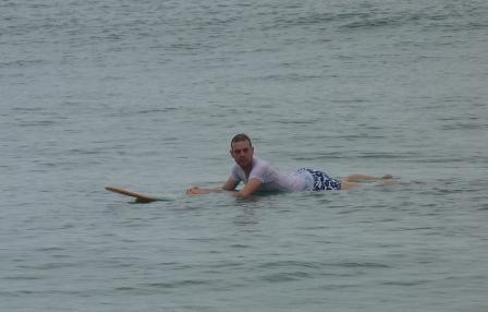genüsslich vor sich hintreiben - viel mit Wellen war leider nicht