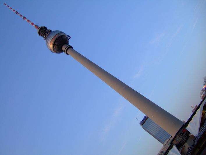Fernsehturm - d highest building in Berlin (not very tall at all!)