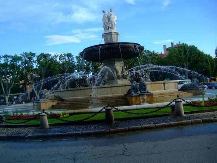 La Rotonde fountain at Aix-en-Provence