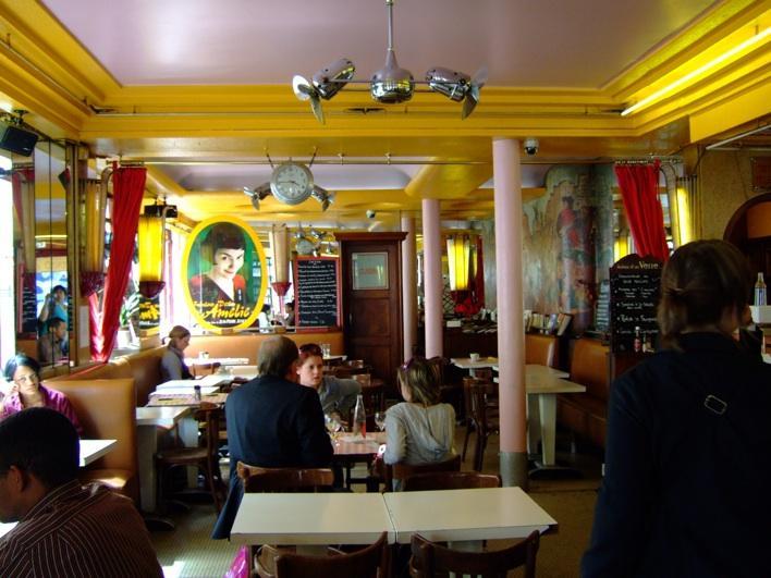 Cafe Des  Moulins Paris