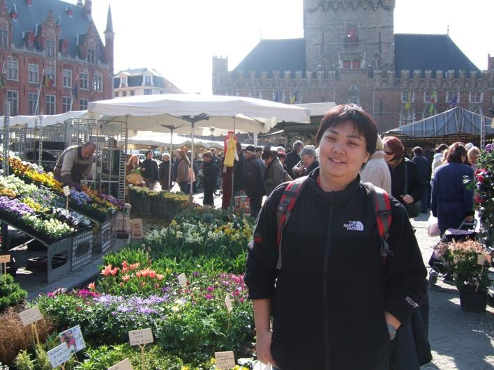 Market at the Grote Markt