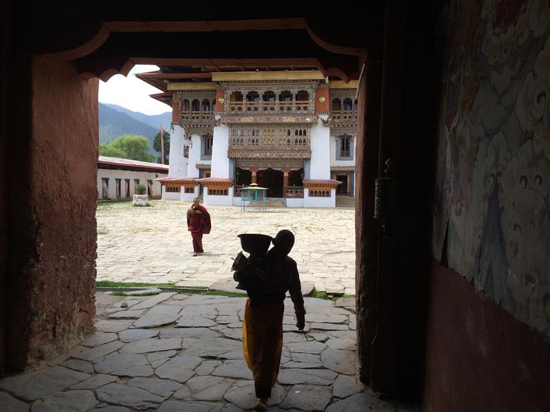 entry to Gangtey Monastery