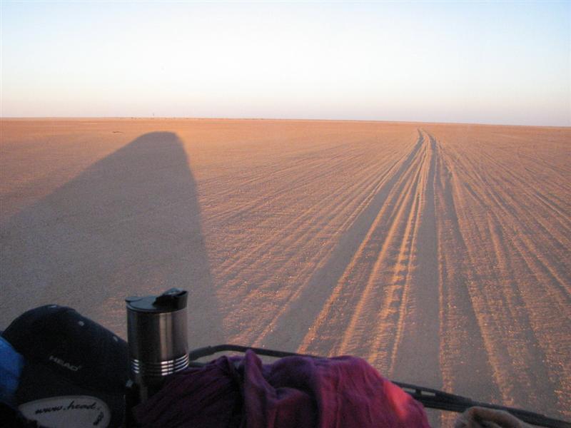 Desert piste near Arlit