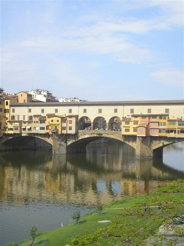 covered bridge in florence