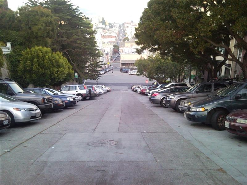 A hilly street on Russian Hill