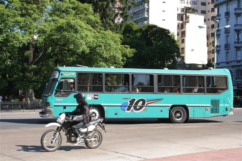Weiterer Bus in Buenos Aires
