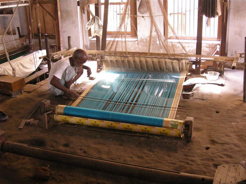 Silk rugs on the loom