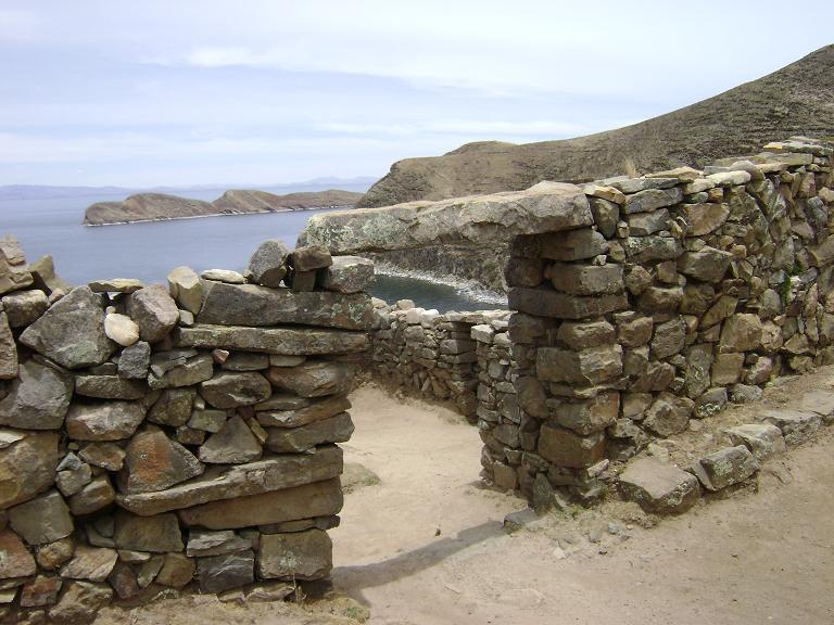 Entrance to labyrinth at Isla del Sol