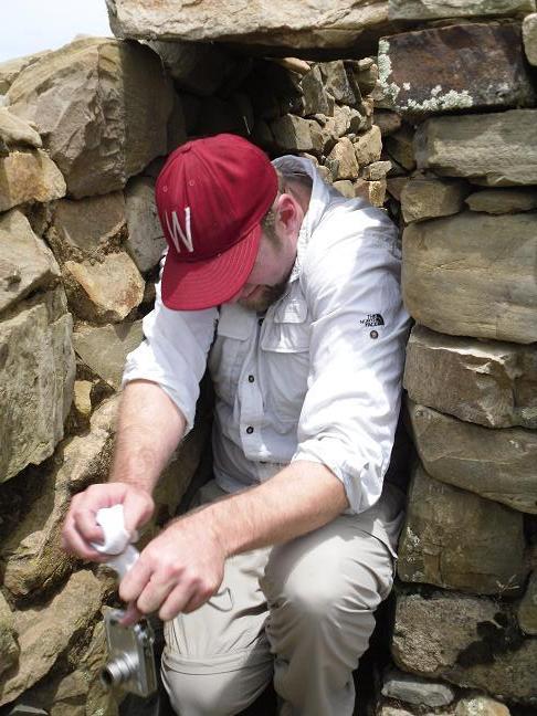 Paul stuck in Inca Labyrinth Trap