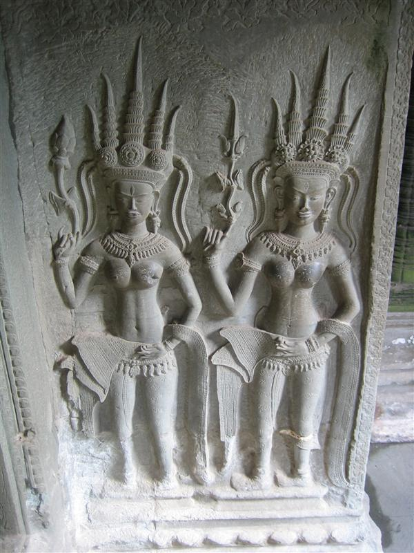 Carvings at Agkor Wat
